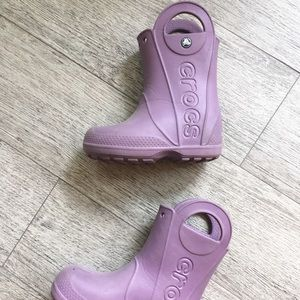 Purple Crocs Rainboots 9 C in Great Condition